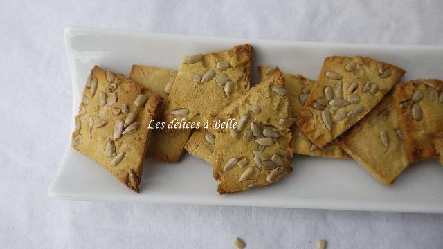 Crackers aux graines à la farine de pois-chiche